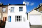 3 bed property in Cowper Road, Acton