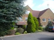 2 bed Ground Flat for sale in Kempton Court...