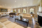 Flat for sale in Lowndes Square...