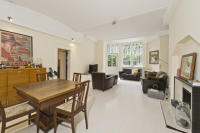 Apartment to rent in Cadogan Square, London...