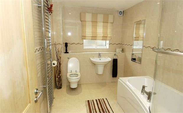 5 bedroom link detached house for sale in tunstall lodge for Bathroom designs 3m x 2m