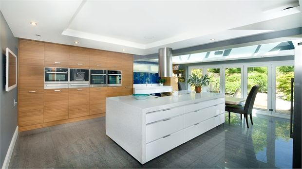 5 bedroom detached house for sale in duxbury park for Kitchen design 4m x 2m