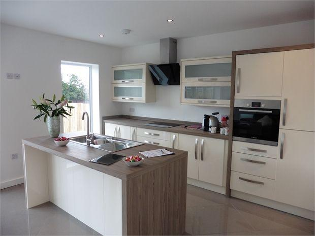4 bedroom semi detached house for sale in ross lea shiney for Kitchen ideas 5m x 3m
