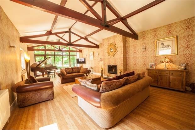 Principal Living Room