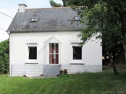2 bedroom Detached house in Maël-Carhaix...