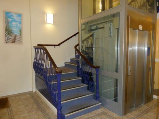 Lift & entrance