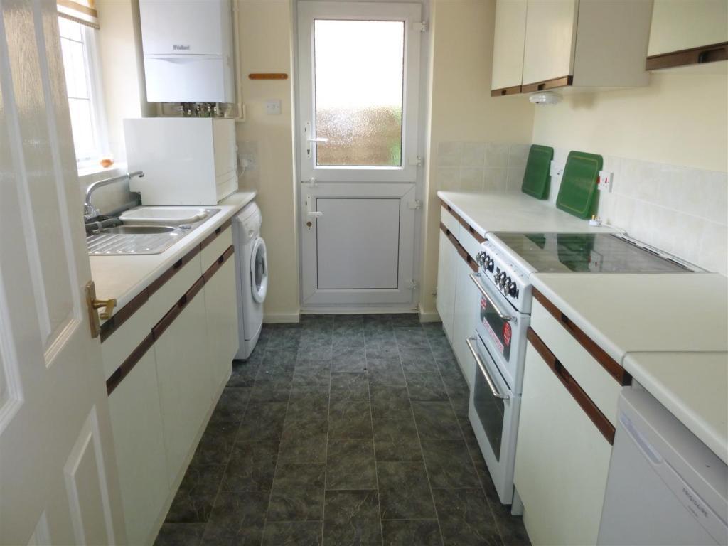 2 Bedroom Bungalow To Rent In Brookfield Avenue Barry Cf63