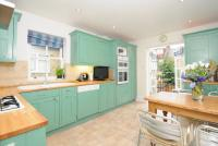 3 bed Flat to rent in Engadine Street, SW18