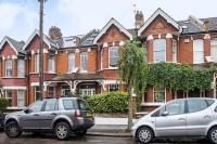 5 bed Terraced property in Melrose Avenue, SW19