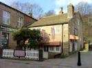 property to rent in 13/15