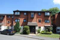 Wheatley Close Flat to rent
