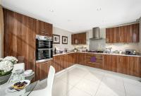5 bed new property in Ermine Street South...