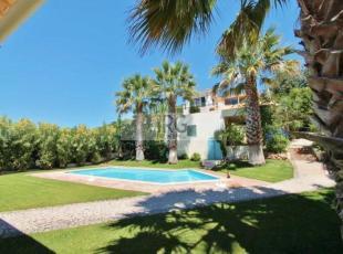 Villa in Loule, Central Algarve...
