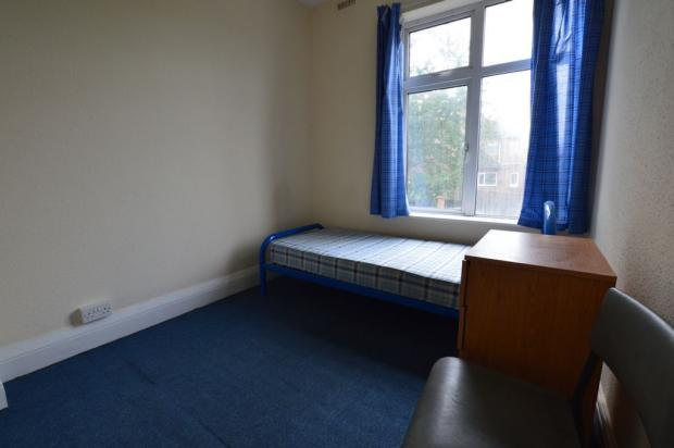 BEDROOM (SPARE)