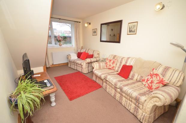 Cottage 1 Lounge