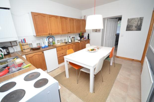 Cottage 2 Kitchen