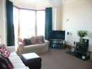 3 bed Flat in Thornwood Terrace