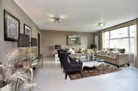 2 bed Flat in St. Johns Wood Park...