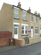 2 bedroom End of Terrace property in Bridge Road, Horbury, WF4
