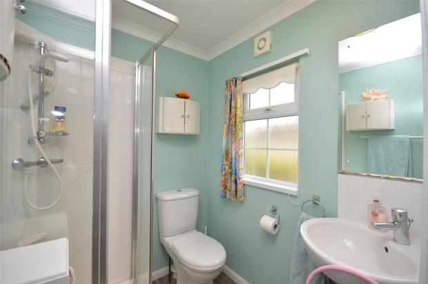 2 Bedroom Bungalow For Sale In Fairview Park Mobile Home