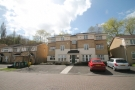 2 bed Flat to rent in De La Warre Court...