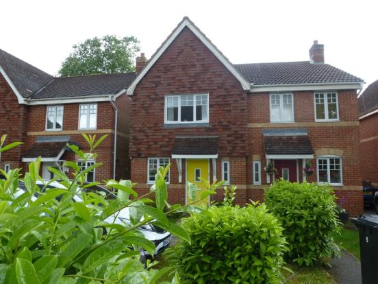 2 Bedroom Semi Detached House To Rent In Ottawa Drive Liphook Hampshire GU
