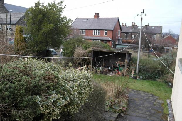 Front Garden Continu
