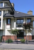 2 bed Apartment to rent in Russell Road, Shepperton...