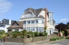 5 bedroom Detached house in Chalkwell Esplanade...