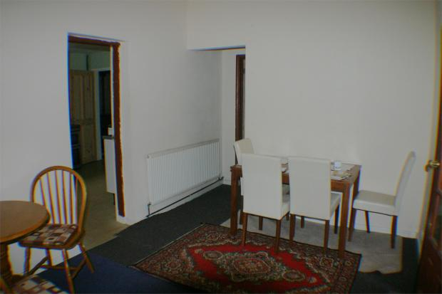 Photograph 4