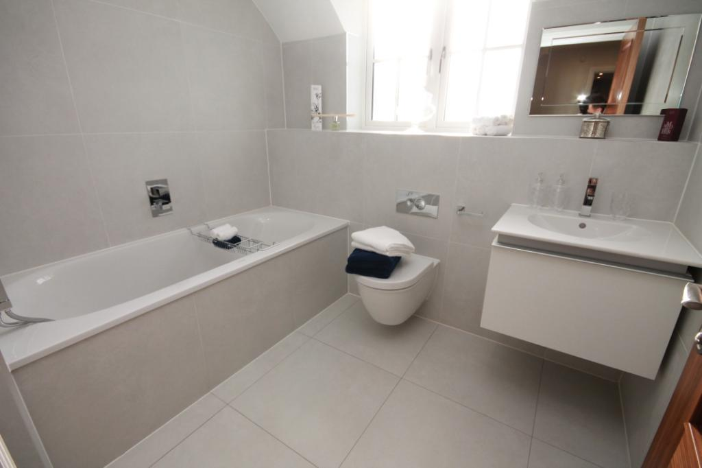 4 bedroom link detached house for sale in plot 6 cobden for Show home bathrooms
