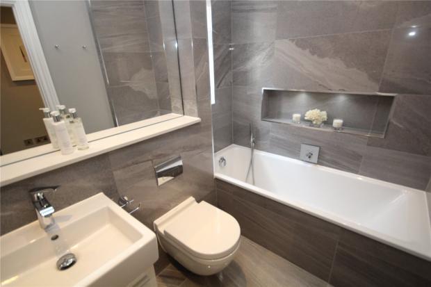 Shwow Flat Bathroom