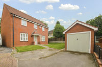 4 bed Detached property in Robin Close, Packmoor