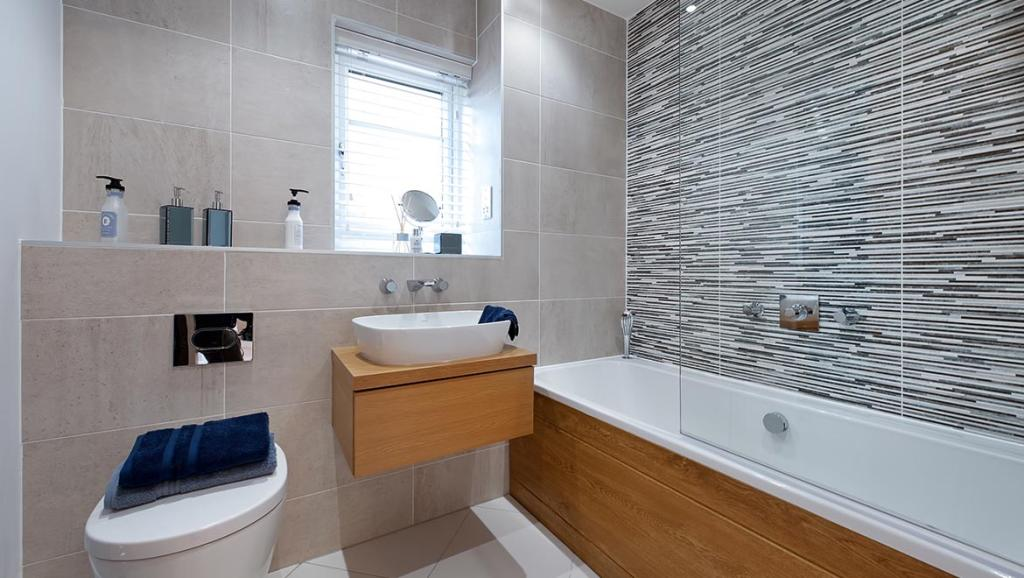 Luxurious bathroom, full height tiling