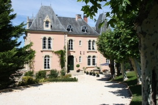 Castle for sale in Limousin, Corr�ze...