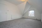 Flat in Bedwardine Road, London...