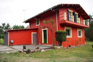 3 bedroom Detached property in Teixeiro, A Coruña...