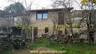 Pereiro de Aguiar Terraced house for sale