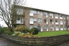 2 bed Flat to rent in Quarry Crescent...