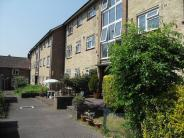2 bedroom Apartment to rent in Stonecot Hill
