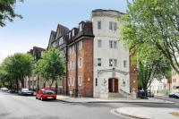 2 bed Apartment for sale in Mortimer Crescent...