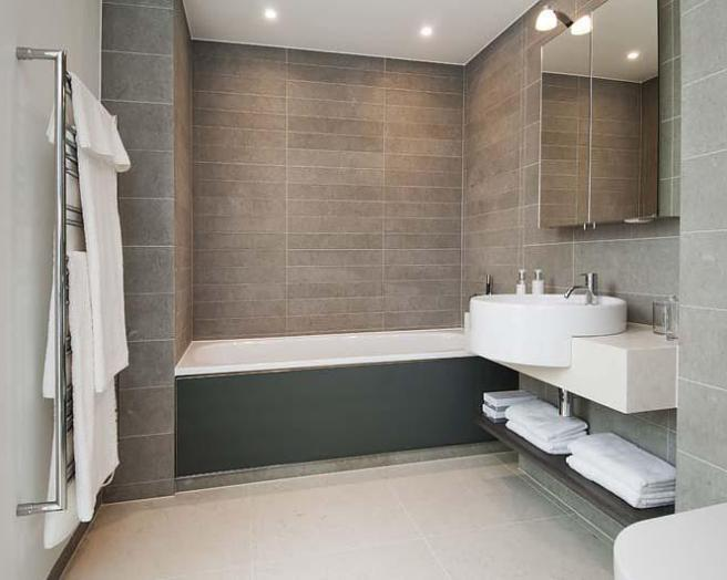 Modern white bathroom design ideas photos inspiration rightmove home ideas Bathroom design winchester uk