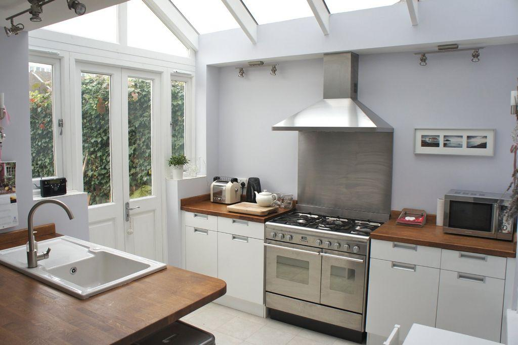 Extension ideas side return and white kitchen designs on for Kitchen ideas terraced house