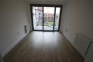 Flat to rent in Parkside Court...
