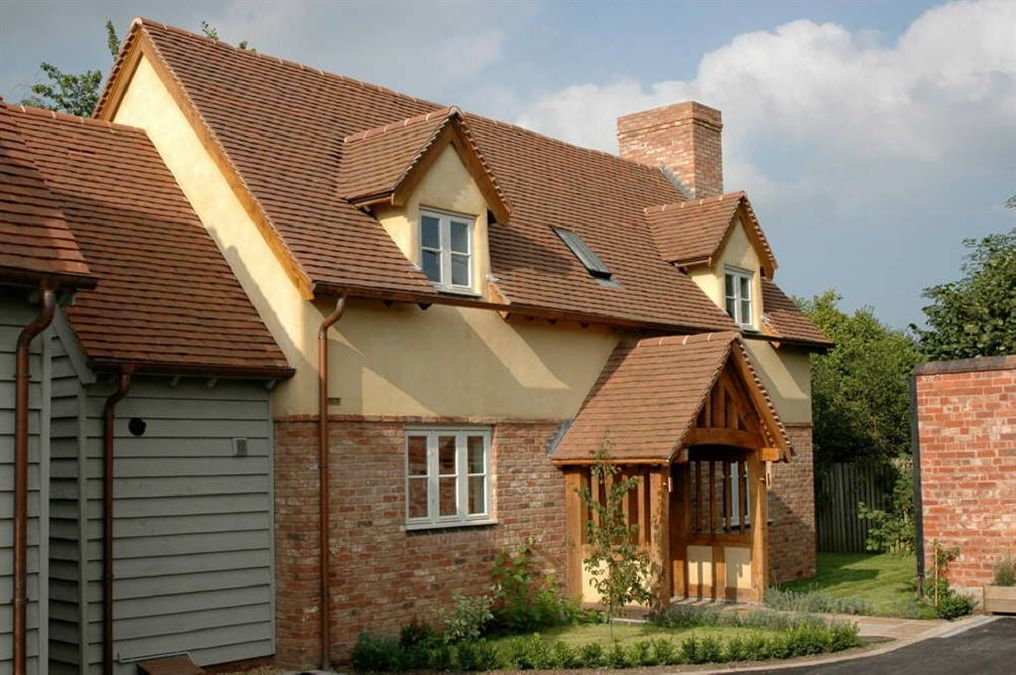 3 Bedroom Detached House For Sale In Pembridge Hr6