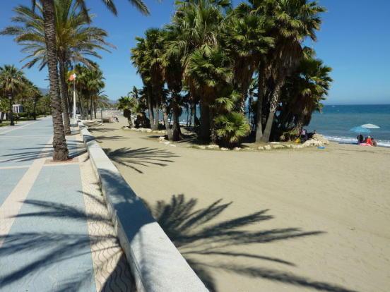 WALK TO THIS BEACH
