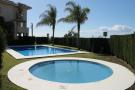 3 FEATURE POOL AREAS
