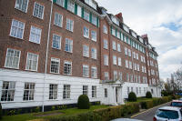 Flat to rent in Richmond Hill Court...