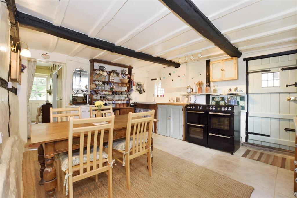 Pudding Cottage Eard