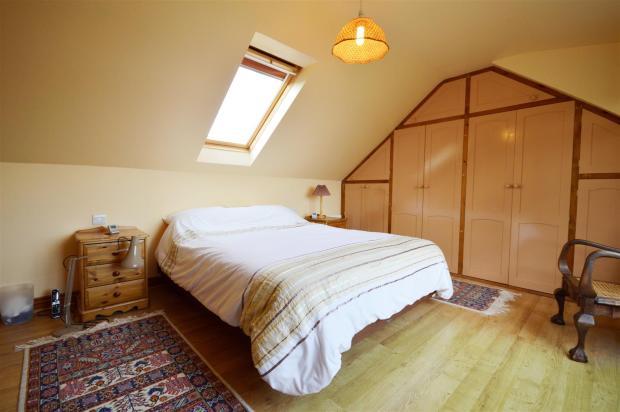 Bedroom 5.1.JPG